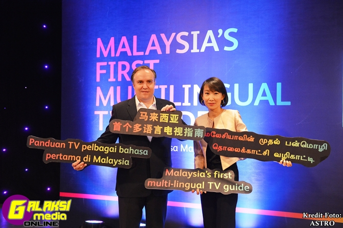 From Left - Brian Lenz, Chief Innovation Officer, Astro & Liew Swee Lin,...