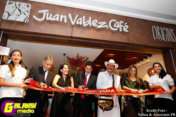 Juan Valdez Cafe Opening