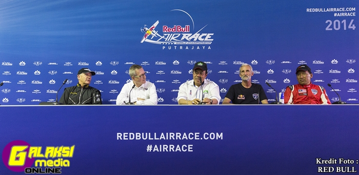 Press Conference - Lifestyle