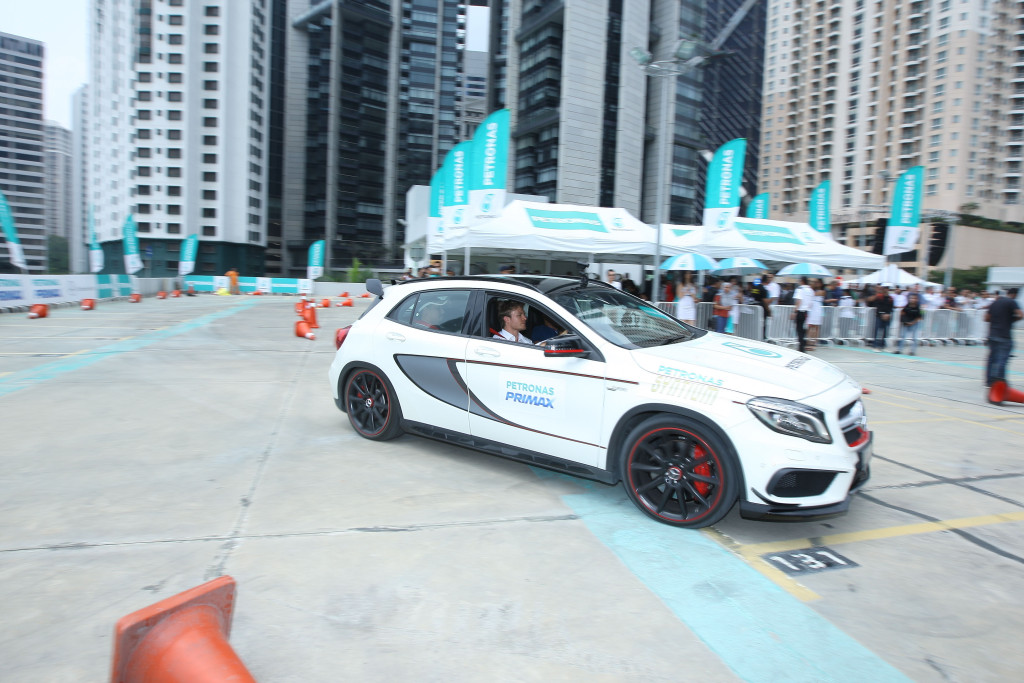 Taxi ride with Nico Rosberg at KLCC Multi-Level Parking@Binjai