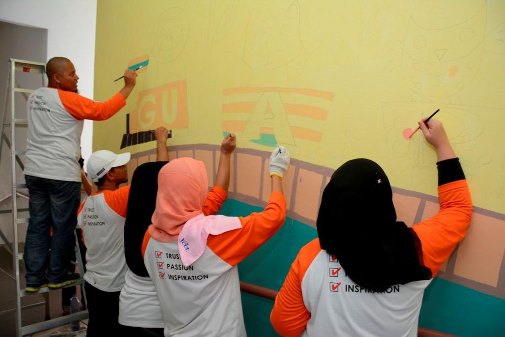 Semasa guardian berkongsi kasih sayang dan kegembiraan for Mural untuk kanak kanak