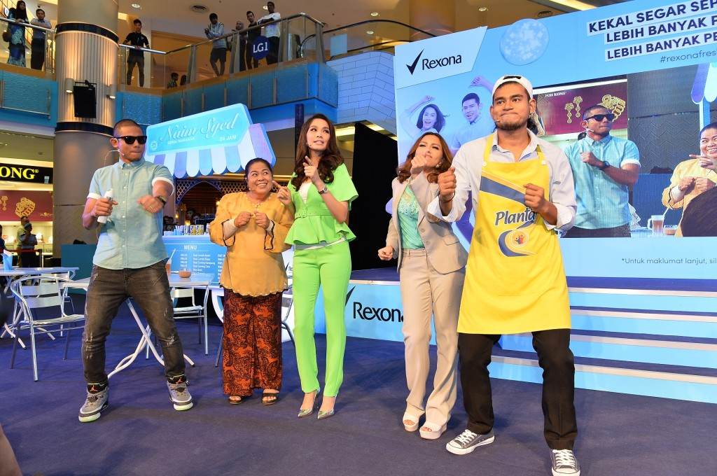 Rexona Fresh Moves comedy sketch by Scha, Nabil and Jihan
