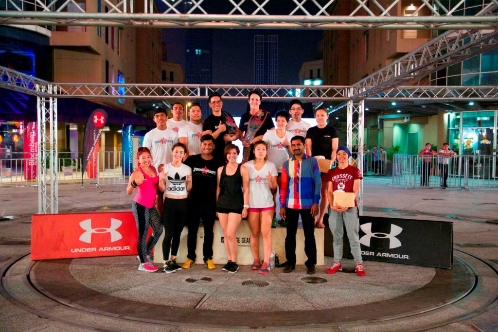 The winners for both RX and Scaled category coming together for a group photo.