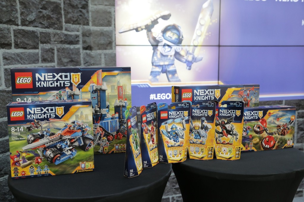 Image 6 - The complete LEGO NEXO KNIGHTS set
