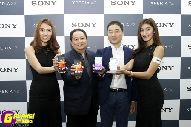 2-xperia-xz-_-x-compact-launch-media-launch