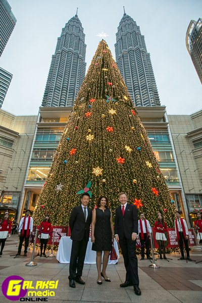 lighting-of-tallest-christmas-tree-in-malaysia-1