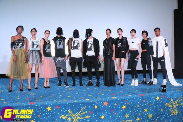 models-in-the-star-wars-graffiti-t-shirts-at-the-gsc-rogue-vogue-fashion